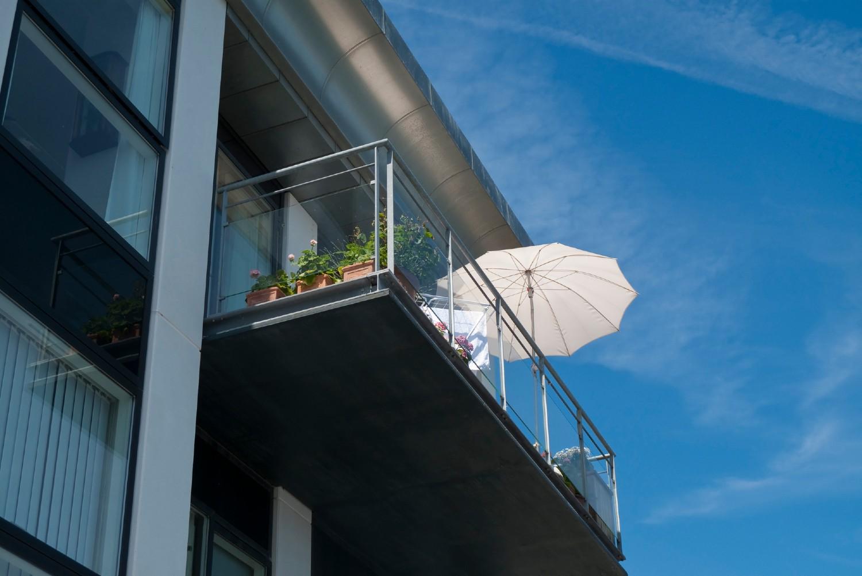 Picture of: 7 Altan Parasoller Der Giver Skygge Og Privatliv