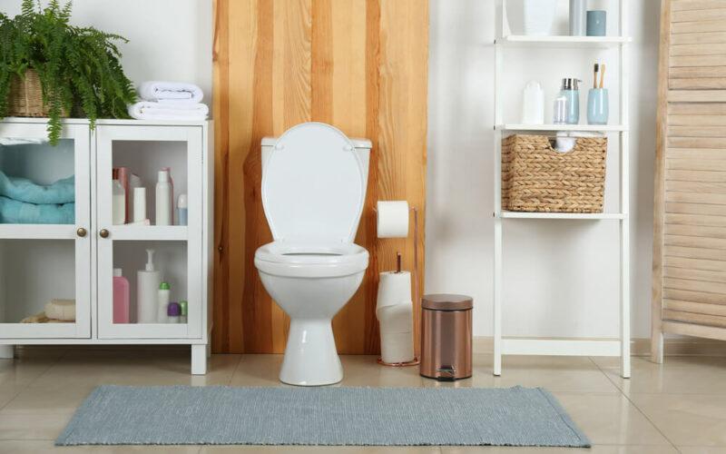 Find en toiletspand, der matcher dit badeværelse